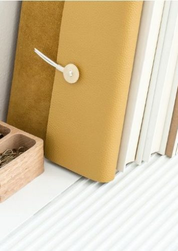 Declutter Your Home Using These 7 Simple Tips