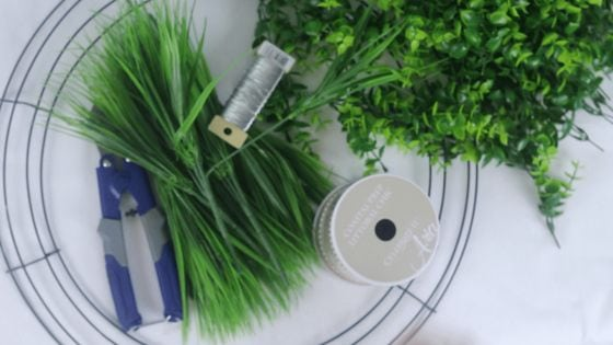 boxwood wreath supplies