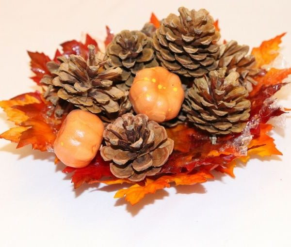 How To Make A DIY Leaf Bowl For Fall