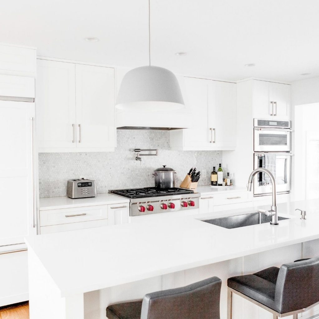 white and clean kitchen