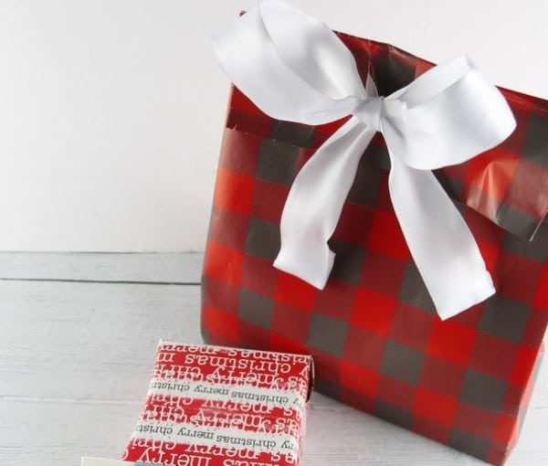 How To Make A Gift Bag Out Of Wrapping Paper Like A Pro