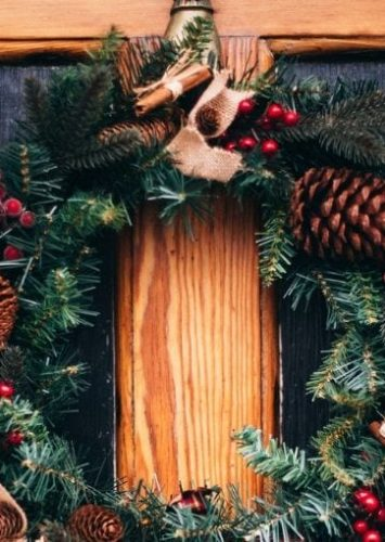 Christmas Decorating Ideas For Your Front Door