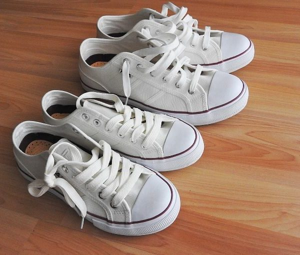 The best way to clean white shoes