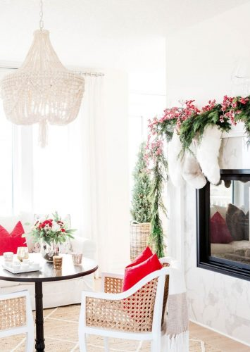 How to Organize Christmas Decorations + Free Printable