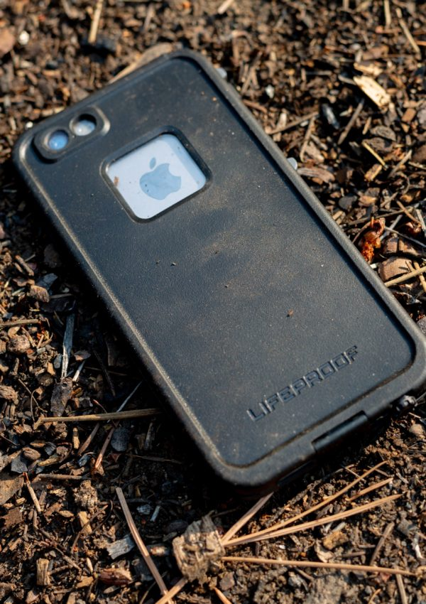 How To Clean A Phone Case Easily At Home