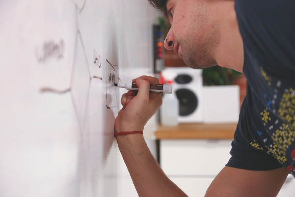 how to remove permanent marker from whiteboard