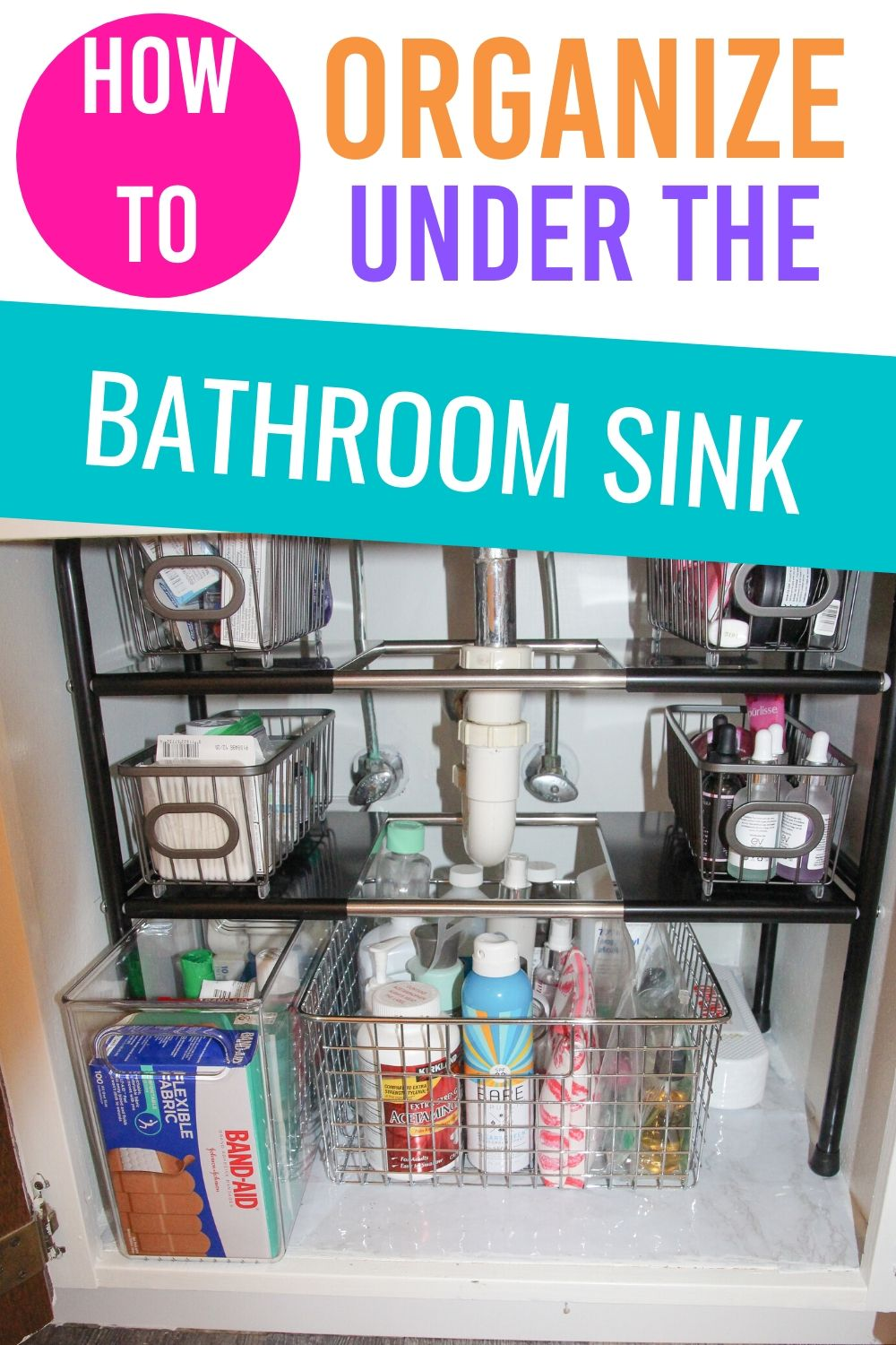 Learn how to organize under the bathroom sink so you can find what you're looking for. #organizing #organizingtips #bathroomorganizingtips #organizingtipsandtricks #organizinghacks via @homebyjenn