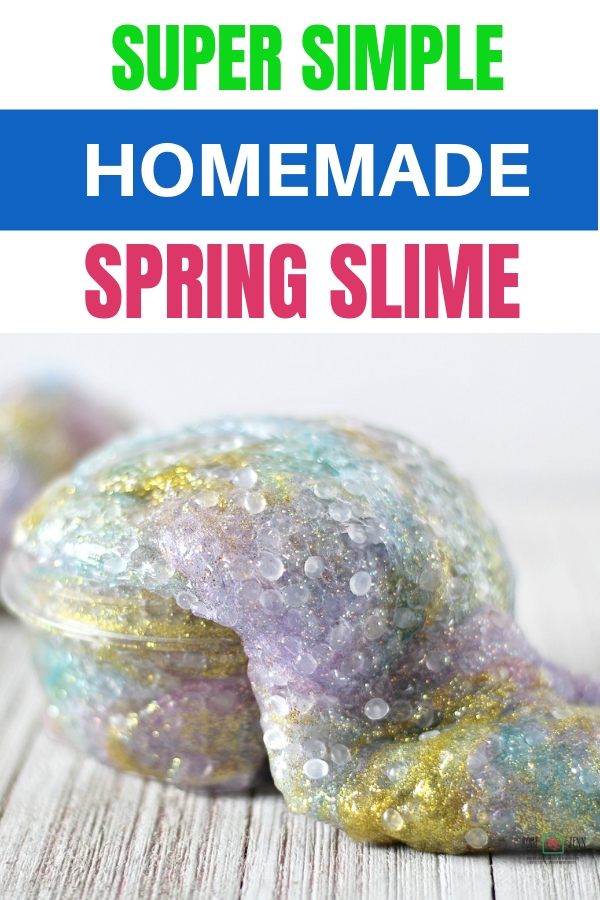 You'll fall in love with this super simple DIY homemade slime. It's such a simple and crafty way to get ready and excited for Spring! #homemade slime #DIY #slimerecipe #Spring