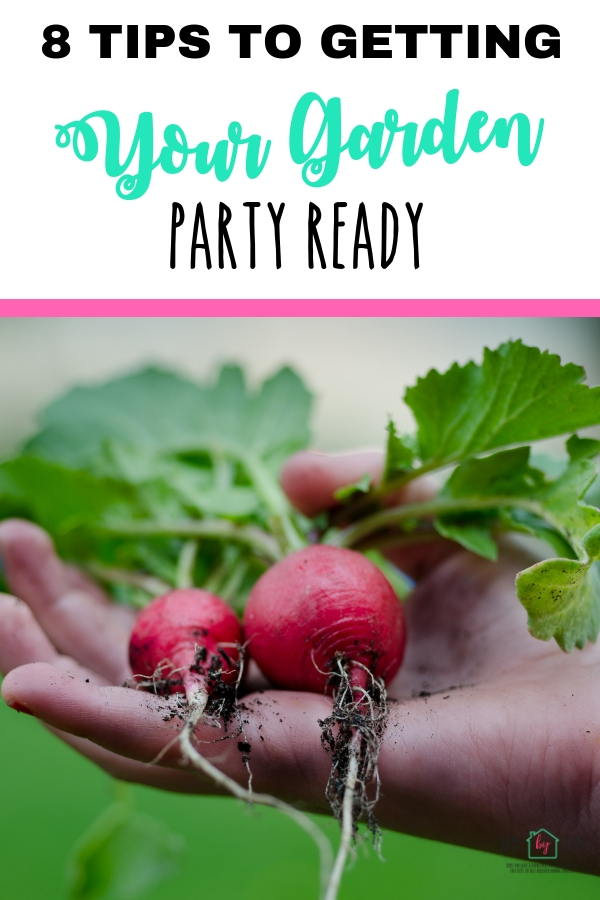 8 Tips for Getting Your Garden Party Ready via @homebyjenn