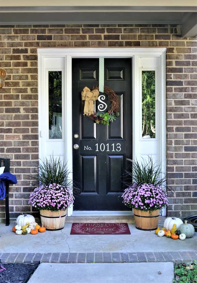 Easy fall porch decorating tips