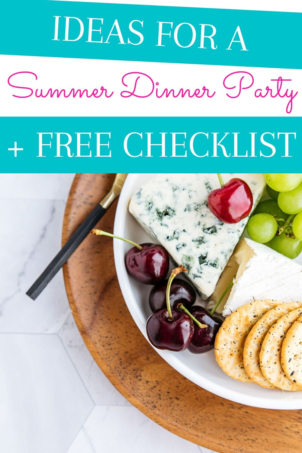 Throw an awesome summer dinner party with these ideas. Grab the free checklist to keep yourself organized while throwing a summer dinner party. via @homebyjenn