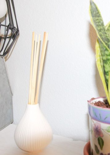 How to Make a DIY Reed Diffuser