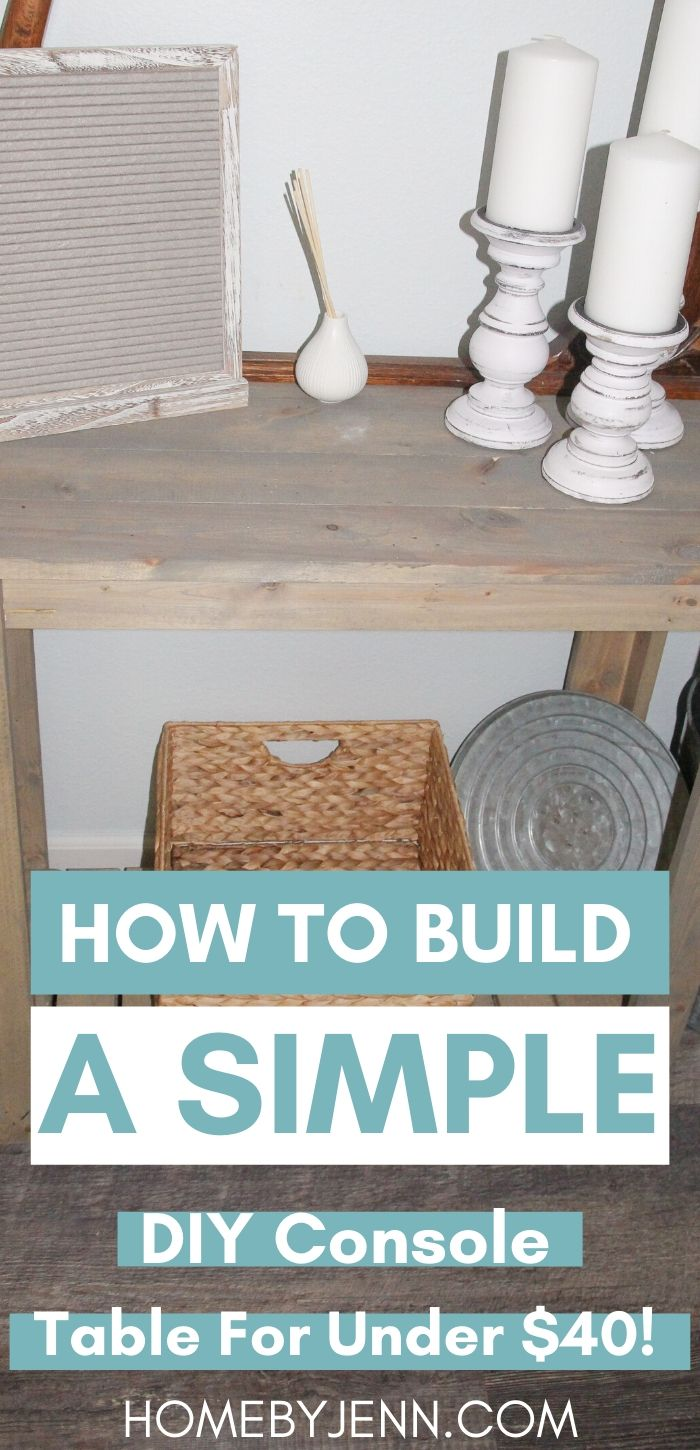 Build your own console table. Get the free DIY console table plans. This is a perfect beginner DIY woodworking project. #diy #diyproject #woodworking #rustic #farmhouse via @homebyjenn