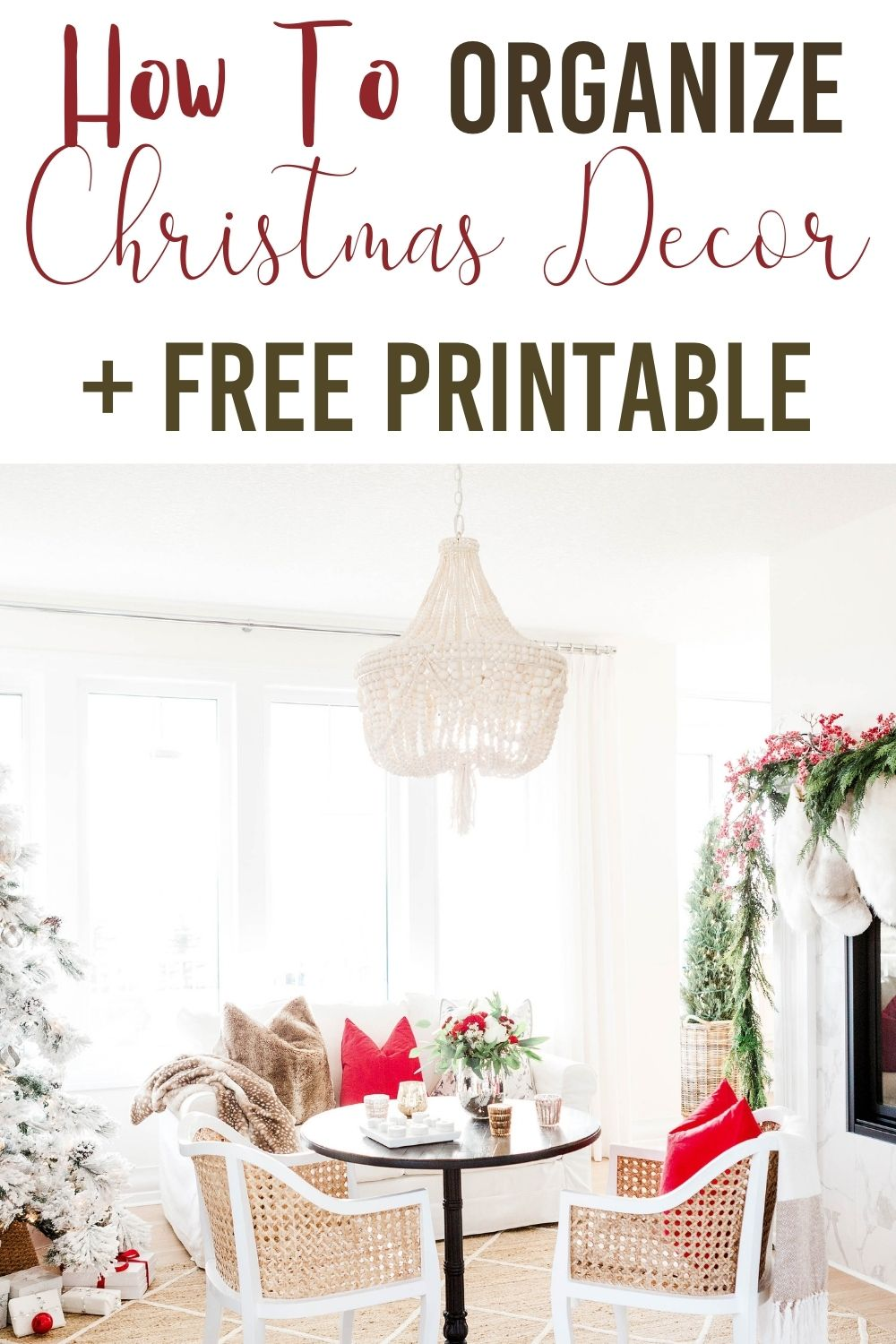 Learn how to organize Christmas decoration with ease. Get the organizing tips to help store your holiday decor. #organizing #organizingtips #organizinghacks #holidayorganizingtips #organizingtipsandtricks #christmasdecorations #christmasdecor via @homebyjenn