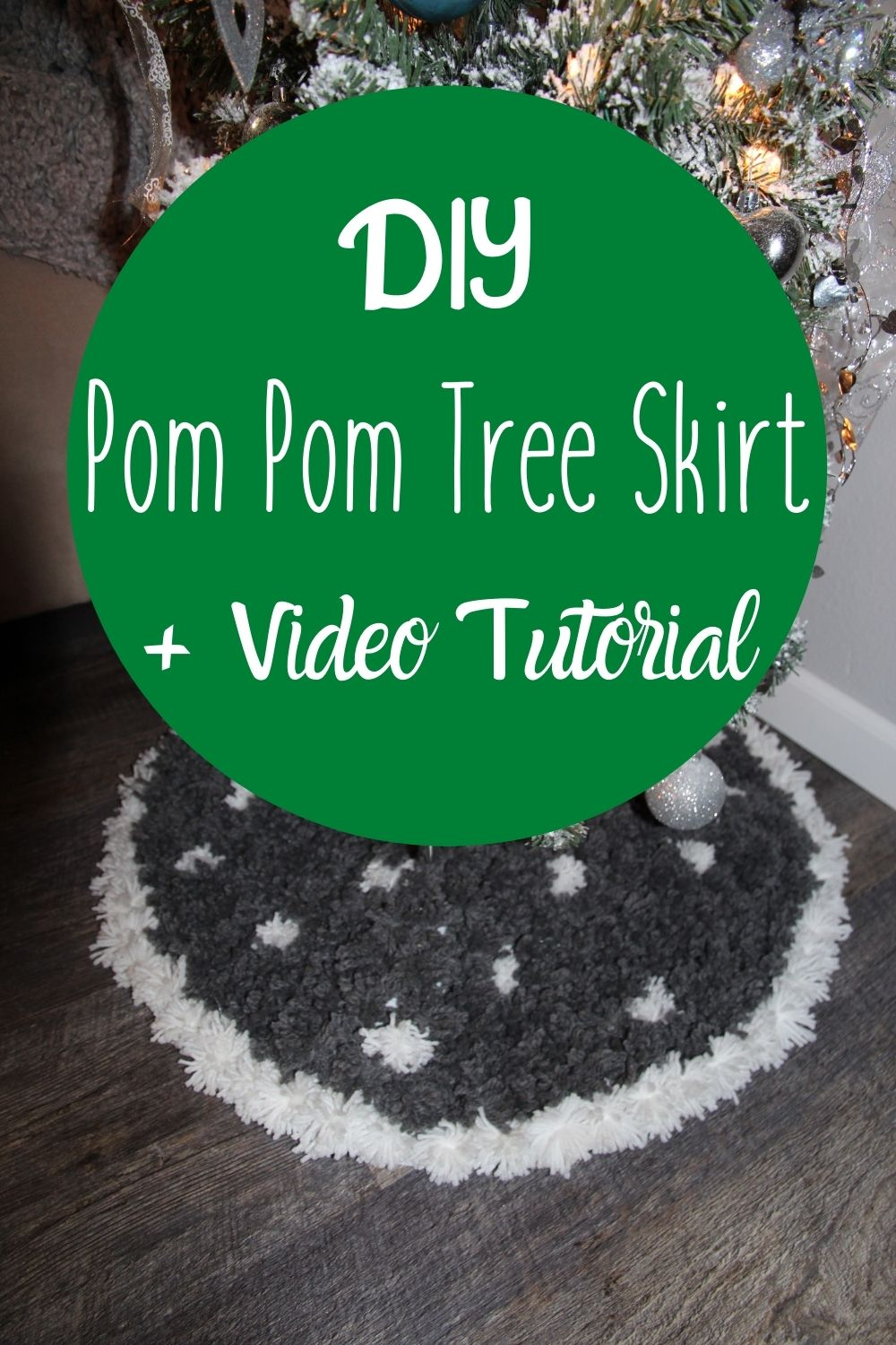 Make this cute and really easy tree skirt made from felt and yarn. This DIY Pom Pom Tree Skirt is a budget-friendly DIY project anyone can do. via @homebyjenn
